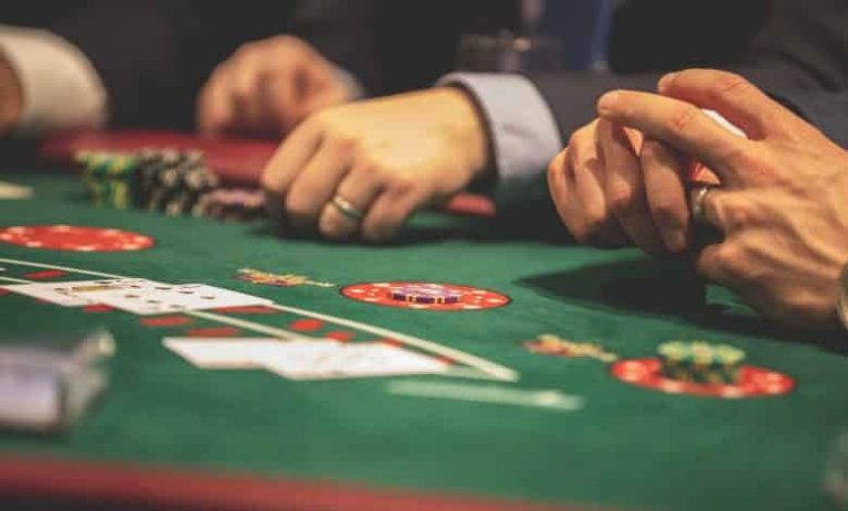 Six Superior Tips about Online Casino From Unlikely Websites